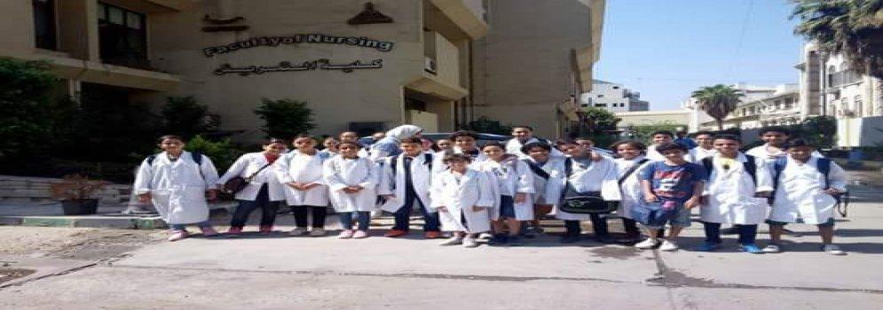 طلاب جامعة الطفل في زيارة لتمريض عين شمس