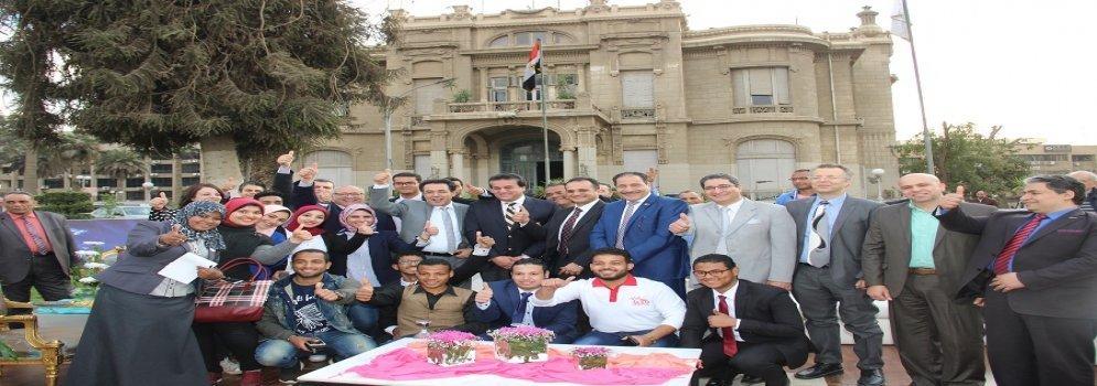 Tour d'inspection du Ministre de l'enseignement supérieur à l'Université Ain Shams